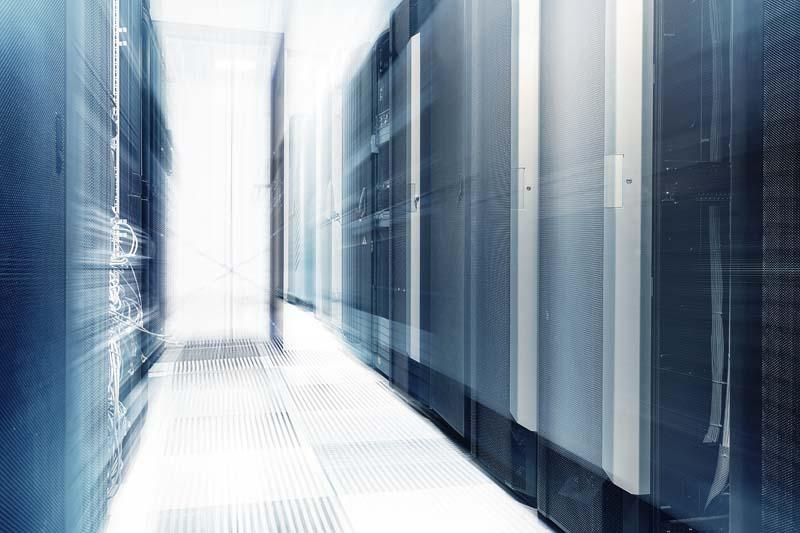 Wir beraten Sie professionell über den Einsatz einer Virtualisierungs- Lösung in Ihrem Unternehmen und unterstützen Sie anschließend in der Umsetzung